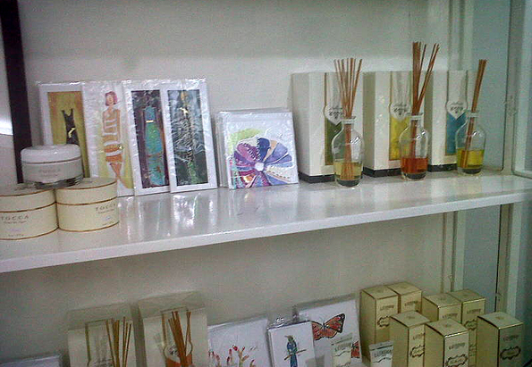 gallery_store